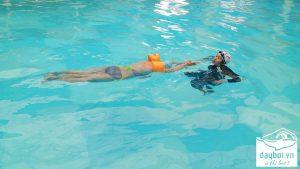 vì sao bơi ếch bị đuối và mệt