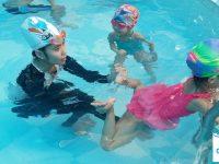 bơi lội kỹ năng cần thiết cho trẻ