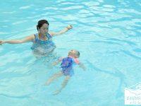 lợi ích đi bơi với trẻ em