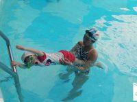 lưu ý khi cho con đi học bơi